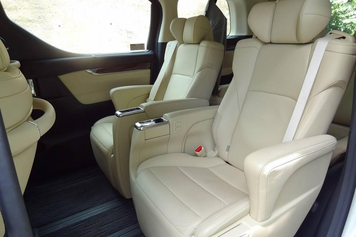 Toyota Alphard for Rent   Phuket Car Rental