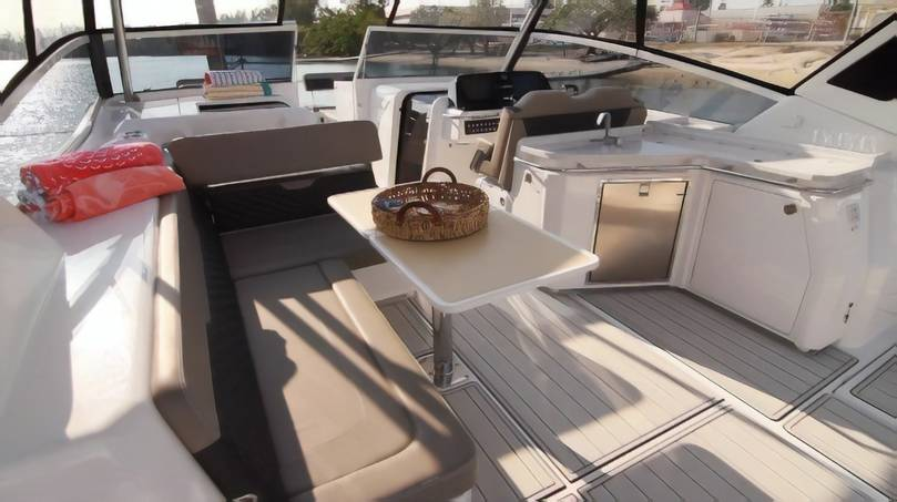 Aquila 36 ft Speedboat Catamaran