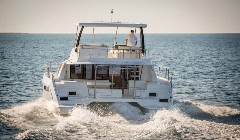 Leopard 43 ft Power Catamaran